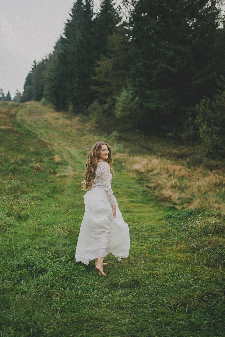 therese_und_luise_Ilsa_rautenspitze_blumen_Seidenrock_2017_27