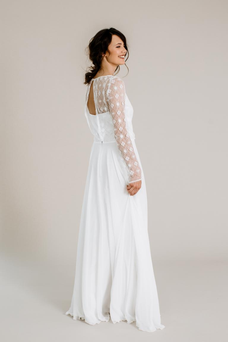 Brautkleid-Jelena-thereseundluise-spitze-langarm-georgette