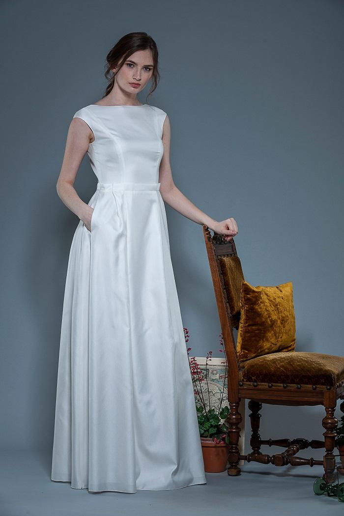 Brautkleid-Lucia-thereseundluise-taft-großer-rückenausschnitt